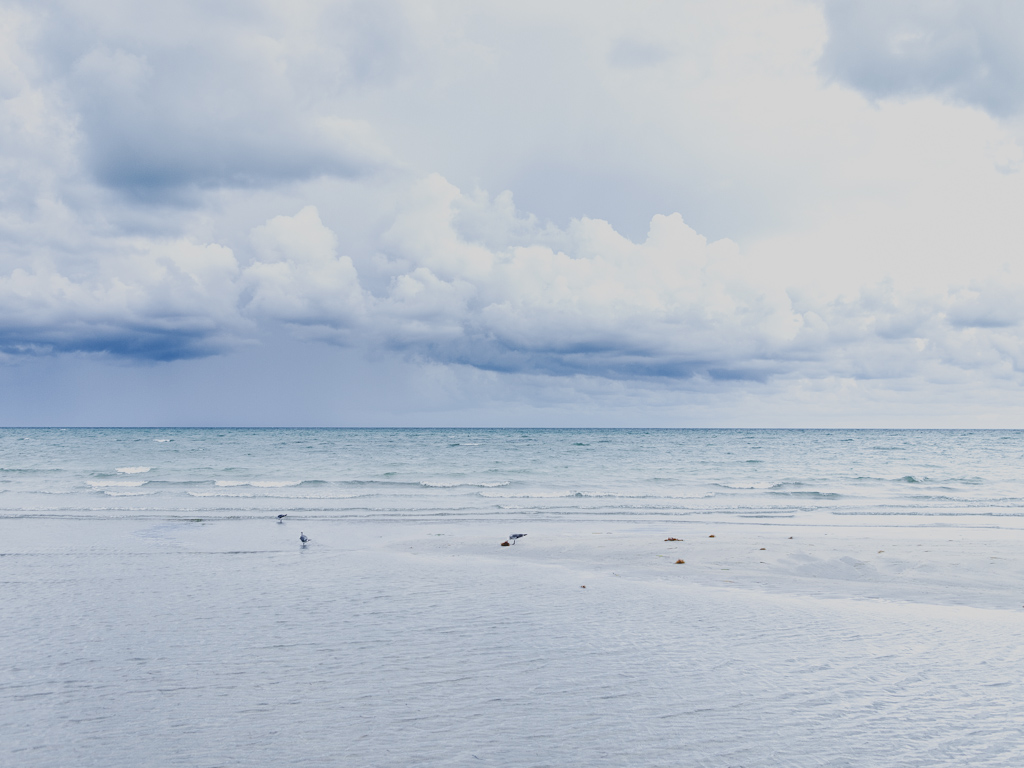 Cloudy crandon beach 2013