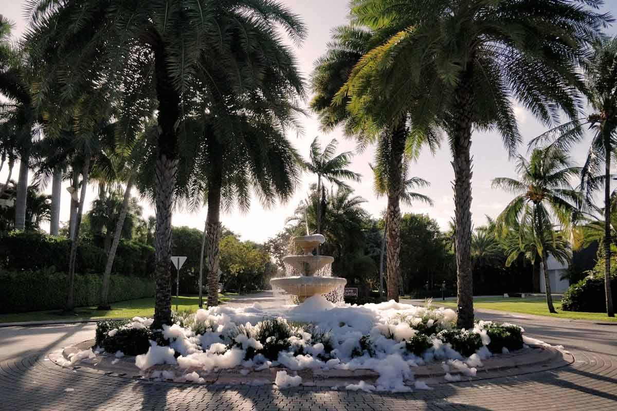 Key Biscayne Mashta fountain filled with soap Oct. 2020